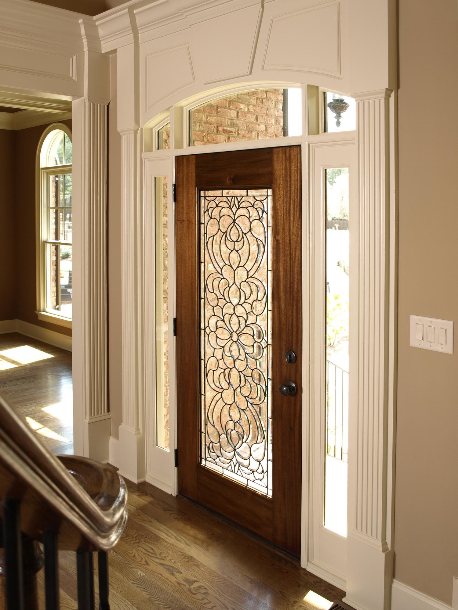 Luxury Foyer with Glass door